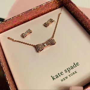 🌸 Kate Spade earring and necklace set in gift box